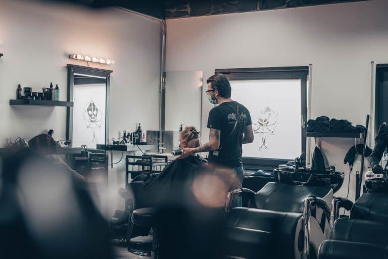 Pikass Hairstyle Ketsch - Barbershop - Vitaly - Jonas - Sabrina - Jules - Foto by Magic Moment Media Agentur - Branding Agentur - Mannheim-5