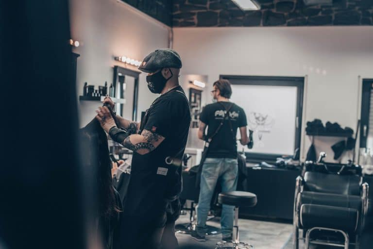 Pikass Hairstyle Ketsch - Barbershop - Vitaly - Jonas - Sabrina - Jules - Foto by Magic Moment Media Agentur - Branding Agentur - Mannheim-7