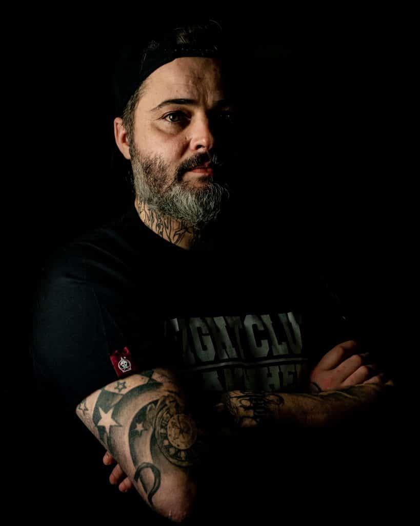 Profilbild-Jürgen_4-5-Gast-Tätowierer-PikAssTattoo-tattoo-Studio-Ketsch-Branding-Fotograf-Magic-Moment-Media-Agentur-Mannheim