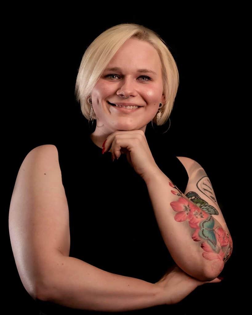 Nina - Kundenservice - wächst - pikasstattoo - pikass - tattoo - service - kundenfreundlich - ketsch - 68775